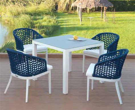 Oferta Conjunto Mesa y Sillas para jardín   Muebles Valencia