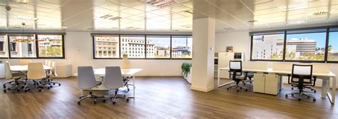 Offices in plaza catalunya, Barcelona | El Triangle ...
