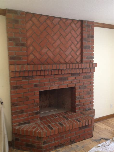 Old Phoenix Classic Brick Fireplace Face | Darrin Gray Corp.
