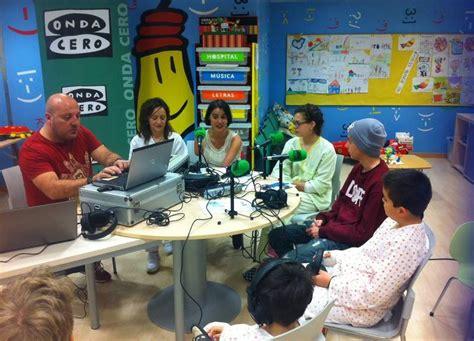 Onda Cero imparte un taller de radio a los niños ...