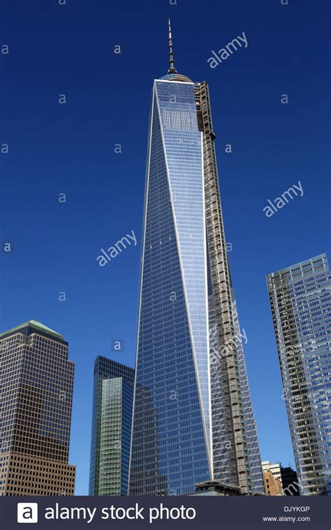One World Trade Center   1 WTC   building in the new World ...