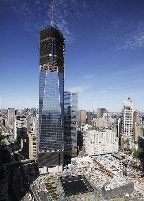 One World Trade Center becomes New York s tallest ...