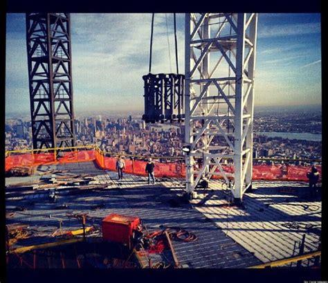 One World Trade Center Spire: Workers Begin To Hoist Spire ...