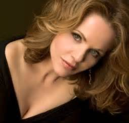 Opera Fresh: Renée Fleming Highlighted as Sophisticated Lady