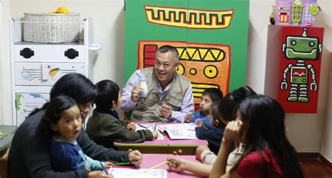 ¡Orgullo! Ricardo Pun Chong, médico peruano, es elegido ...