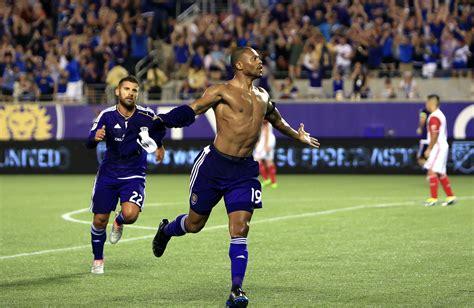 Orlando City striker Júlio Baptista isn t ready to retire ...