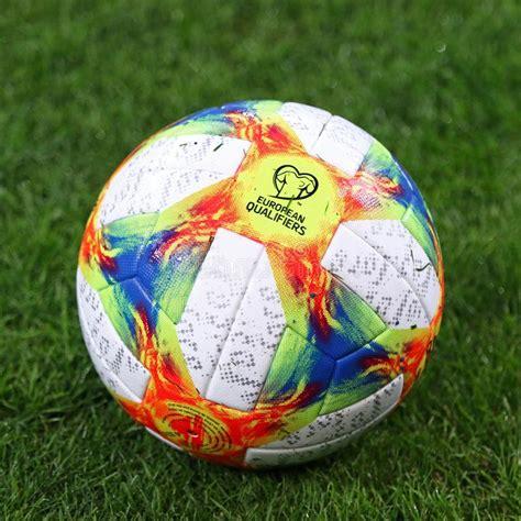 Os Qualificadores Do UEFA EURO 2020 Do Oficial Combinam A ...
