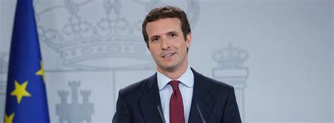 Pablo Casado con barba es igual que este político de ...
