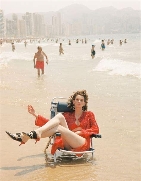Pablo Escobar Alba Marina Escobar / Vamos A La Playa Vogue ...