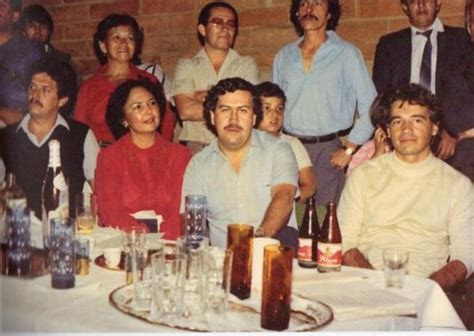Pablo Escobar Facts, Net Worth, House, Siblings, Mother ...