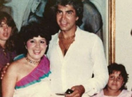 Pablo Escobar family: siblings, parents, children, wife