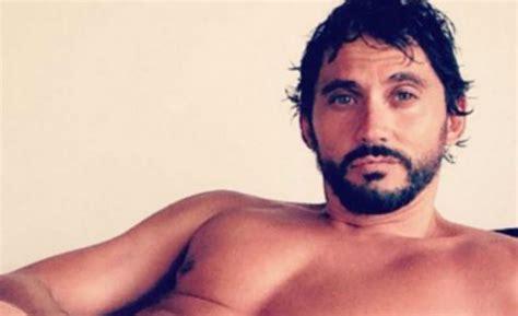 Paco León vuelve a desnudarse en Instagram   Qué!