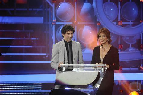 Paco León y Ana Rosa Quintana: Fotos   FormulaTV