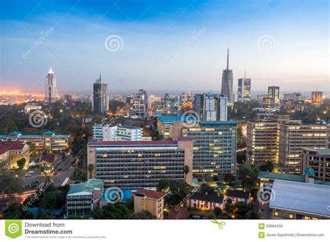Paisaje Urbano De Nairobi   Capital De Kenia Foto de ...
