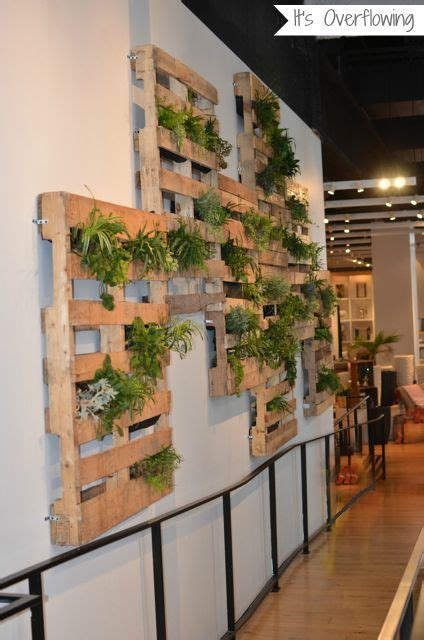 Pallets Repurposed for Indoor  or outdoor  Wall Garden ...