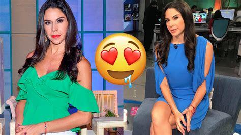 Paola Rojas de Televisa, levanta pasiones con un micro ...