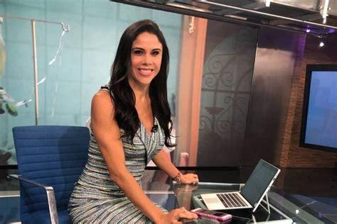 Paola Rojas de Televisa presume sus esculturales piernas ...