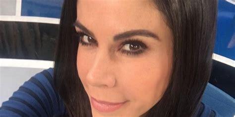 Paola Rojas en el noticiero luce sensuales atuendos ...