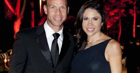 Paola Rojas es captada con su nuevo novio en partido de ...