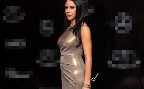 Paola Rojas habría dejado la casa que compartía con Zague ...