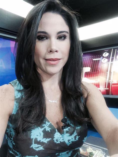 Paola Rojas on Twitter   Gorgeous women, Women, Gorgeous