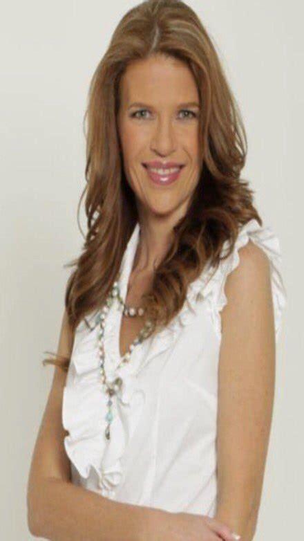 Paola Rojas on Twitter:  Murió la periodista Ana Winokur ...