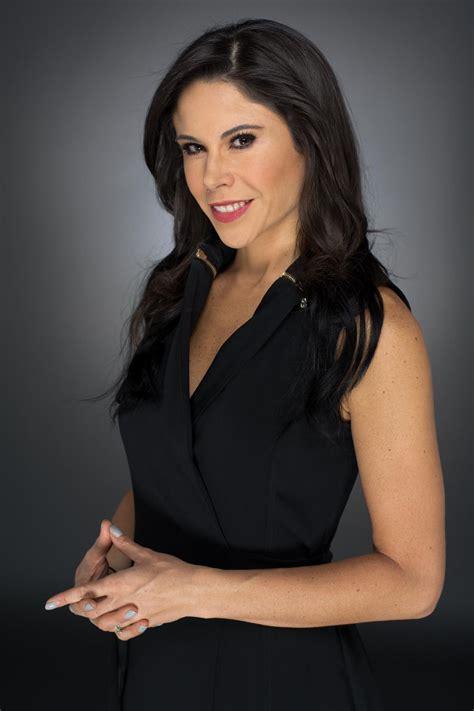 Paola Rojas on Twitter:  Ya al aire. Los espero. @foro_tv ...