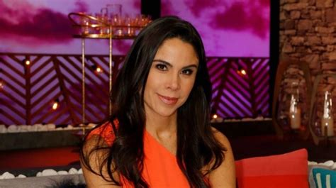 Paola Rojas presume vestidos ideales para las mujeres ...