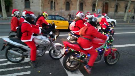 Papá Noel en motos Barcelona    YouTube