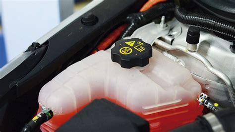 Parabrisas | La importancia del líquido refrigerante