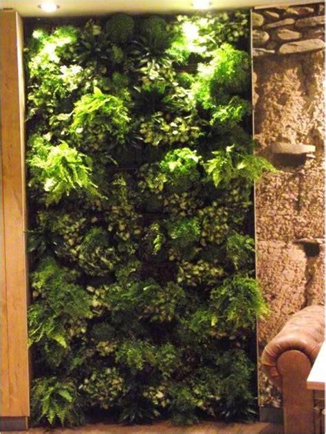 Pared vegetal realizada por Jardines y Rincones Paisajismo ...