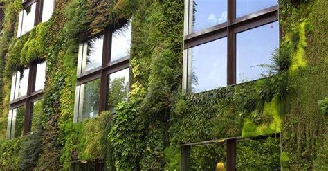 Pared Vegetal 】 Ecosistemas verticales en las fachadas