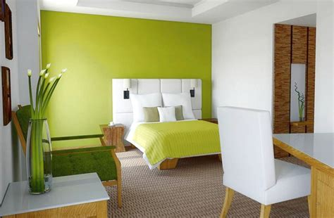 Paredes en color verde pistacho   Casa y Color