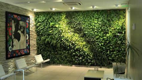 Paredes verdes en la oficina