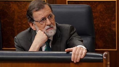 Parlamento español destituye a Rajoy de su cargo como ...