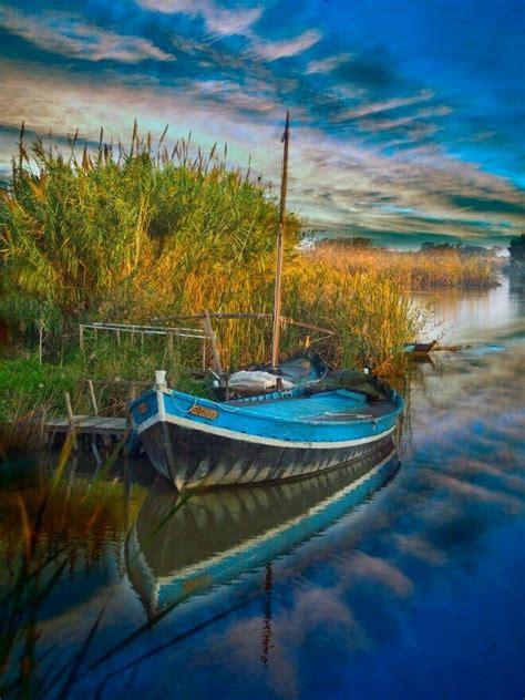 Parque natural en La Albufera  Valencia     Yacht boat ...