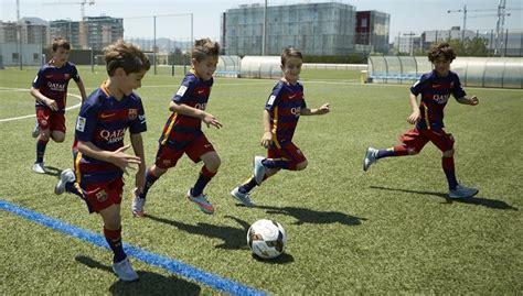 Participa en el Campamento del FC Barcelona en Guatemala 2016