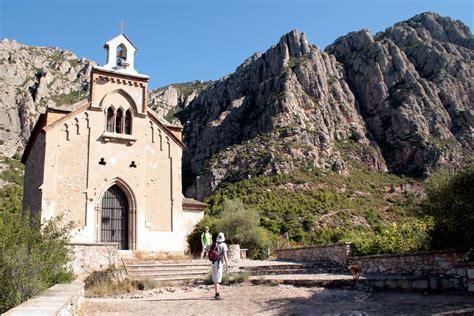 Paseo   Collbató   Arc den Bros   Moli de Oli   La Salut ...