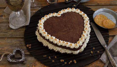 Pastel de chocolate blanco y naranja   Nestlé Cocina