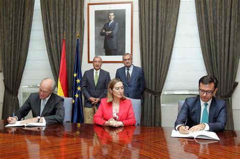Pastor preside la firma de préstamos del BEI a Adif Alta ...