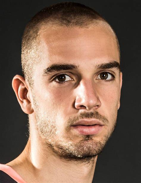 Pau López   Player Profile 18/19 | Transfermarkt