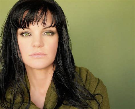 Pauley Perrette Height, Weight, Age, Affairs, Wiki & Facts
