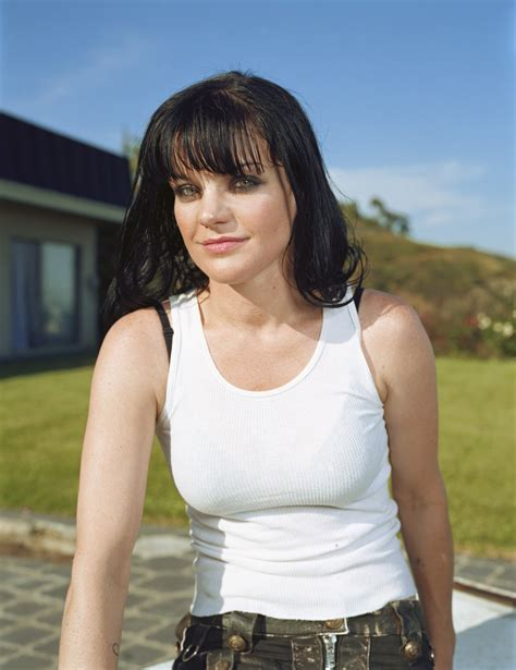 Pauley Perrette photo gallery   high quality pics of ...