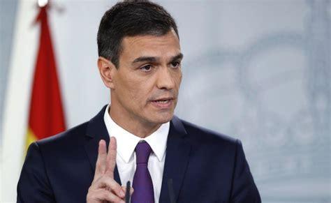 Pedro Sánchez es abucheado al salir de una misa en ...
