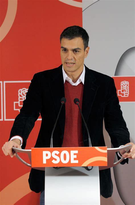 """Pedro Sánchez piensa en presentarse y advierte que """"la ..."""