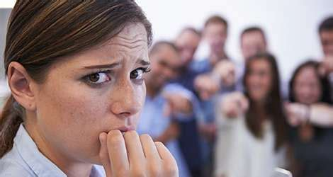People with social anxiety come across better than they ...