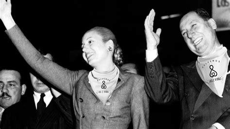 Perón y Evita, con el pañuelo celeste – Razón y Revolución