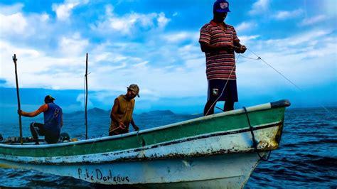 Pescando en Panama  Pesca Artesanal    YouTube