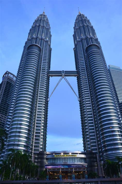 Petronas Twin Towers | The Whirling Wren