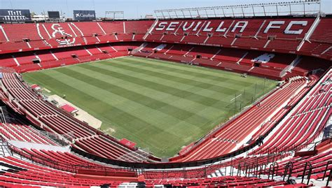 Philips Lighting will install new lighting Led Sevilla FC ...